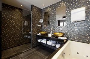 Suite 5 Lange Voorhout - badkamer