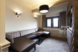 Suite 6 Huis Ten Bosch - living