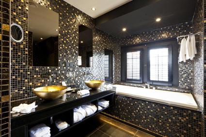 Badkamer Van Tenbosch : Suite huis ten bosch badkamer t goude hooft
