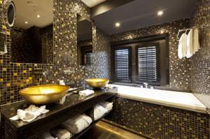 Suite 7 Binnenhof - badkamer