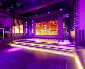 Club 1660 - podium met videowall